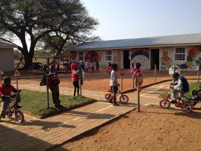 Dordabis Preprimary School - Traffic lessons